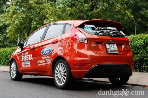 Đánh giá chi tiết Ford Fiesta 2014 - ảnh 4