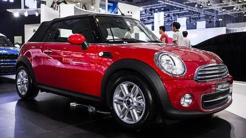 Bảng giá một số loại xe ô tô ở Việt Nam - ảnh 5