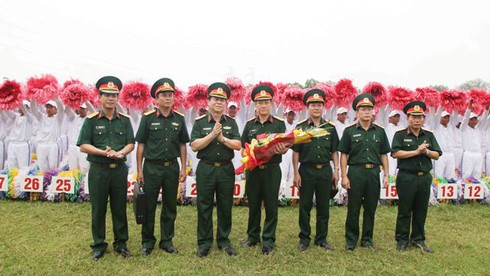 Lực lượng xếp hình, xếp chữ kỷ niệm Quốc khánh 2/9 đã sẵn sàng - ảnh 4