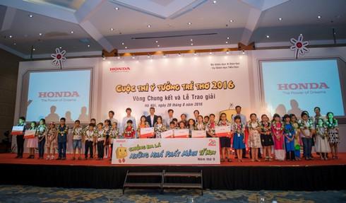 Honda VN trao giải Nhất 'Ý tưởng trẻ thơ 2016
