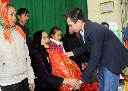 Nghệ An: Hơn 1000 bà con dân tộc vùng cao được khám, chữa bệnh miễn phí - ảnh 2