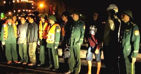 Hà Tĩnh: Cứu tàu cá cùng 5 thuyền viên gặp nạn trên biển - ảnh 1
