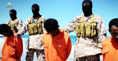 IS tiếp tục hành quyết 30 người Ethiopia - ảnh 1