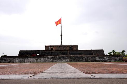 Cờ đỏ sao vàng - Biểu tượng bất diệt của Tổ quốc Việt Nam - ảnh 7