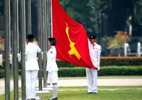 Cờ đỏ sao vàng - Biểu tượng bất diệt của Tổ quốc Việt Nam - ảnh 11