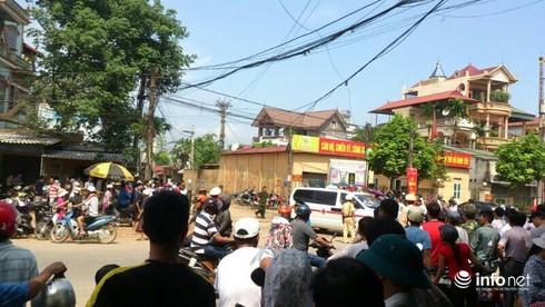 Hiện trường vụ máy bay trực thăng rơi ở Hòa Lạc - ảnh 9