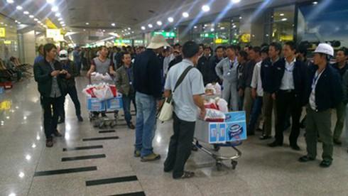 Thêm 33 lao động Việt Nam tại Libya về nước - ảnh 1