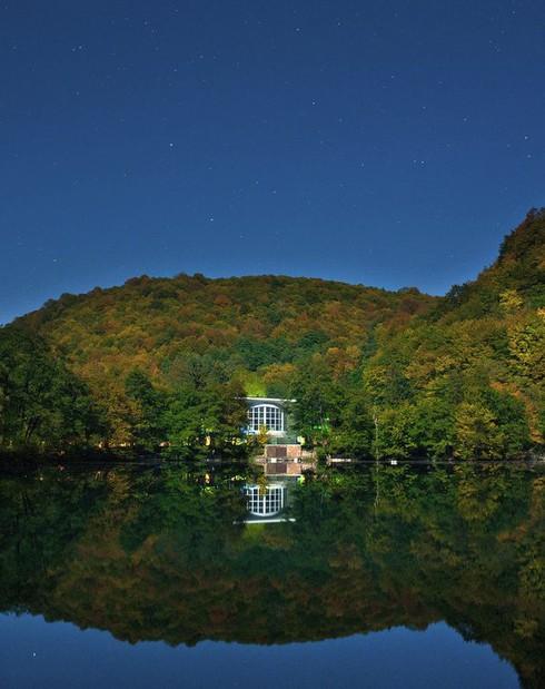 Hồ không đáy Goluboe: Bí ẩn đáng sợ bậc nhất trên Trái Đất - ảnh 2