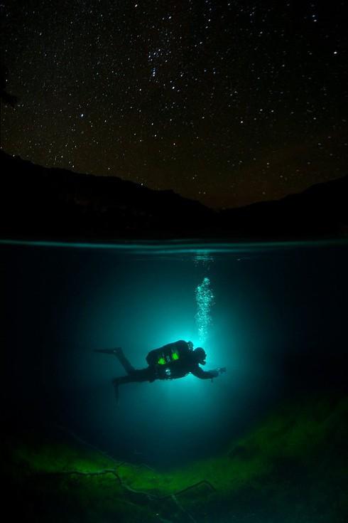 Hồ không đáy Goluboe: Bí ẩn đáng sợ bậc nhất trên Trái Đất - ảnh 3