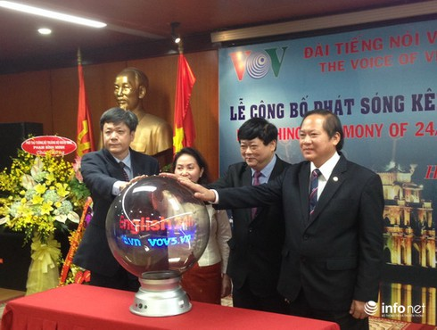 VOV công bố phát sóng Kênh tiếng Anh liên tục đầu tiên tại Việt Nam - ảnh 1
