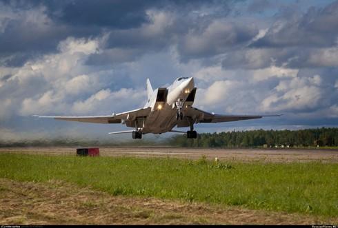 Những máy bay ném bom chiến lược Nga vẫn dùng từ thời Liên Xô cũ - ảnh 4