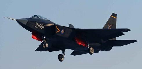 Trung Quốc chuẩn bị xuất khẩu chiến đấu cơ J-31 thế hệ 5 - ảnh 1