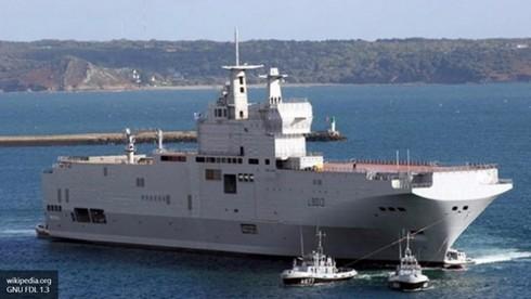 """Pháp """"tiết lộ"""" thời hạn bàn giao tàu sân bay trực thăng Mistral cho Ai Cập - ảnh 1"""