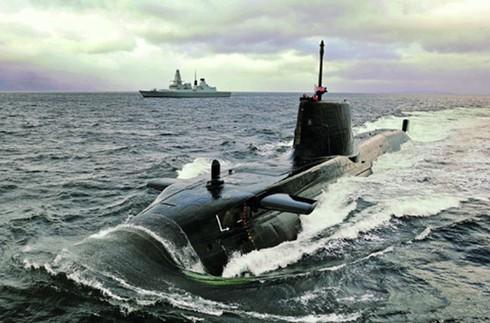 Tàu ngầm hạt nhân lớp Akula Ấn Độ thuê của Nga