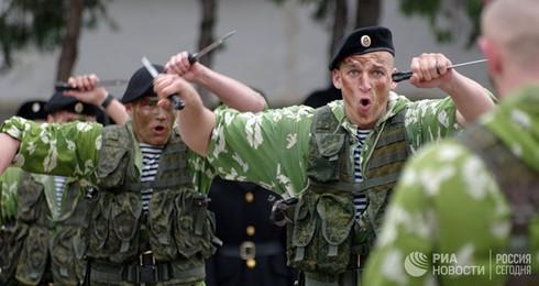 [Ảnh] Thủy quân Lục chiến Nga qua các thời kỳ - ảnh 9