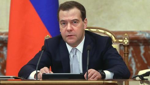 Thủ tướng Medvedev: Nga không ảo tưởng sớm được dỡ bỏ lệnh trừng phạt - ảnh 1