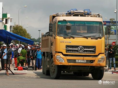Đà Nẵng: Thu hồi giấy phép khai thác mỏ các đơn vị có nhiều xe ben vi phạm - ảnh 1