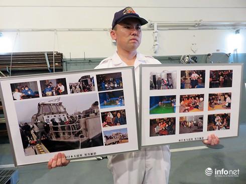 Vận thang độc đáo trên tàu đổ bộ JSDS Shimokita (LST-4002) của Hải quân Nhật Bản - ảnh 25