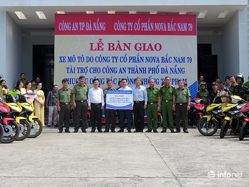 Công an Đà Nẵng tiếp nhận tài trợ 50 xe Exciter 150cc phòng chống tội phạm - ảnh 1