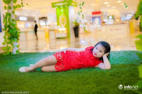 Mẫu nhí Linh Chi và Bảo Ngọc cực xinh trong thời trang ren hè siêu hot - ảnh 10