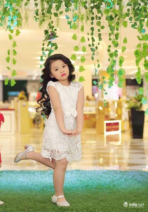 Mẫu nhí Linh Chi và Bảo Ngọc cực xinh trong thời trang ren hè siêu hot - ảnh 12