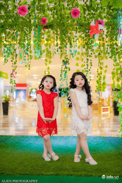 Mẫu nhí Linh Chi và Bảo Ngọc cực xinh trong thời trang ren hè siêu hot - ảnh 4