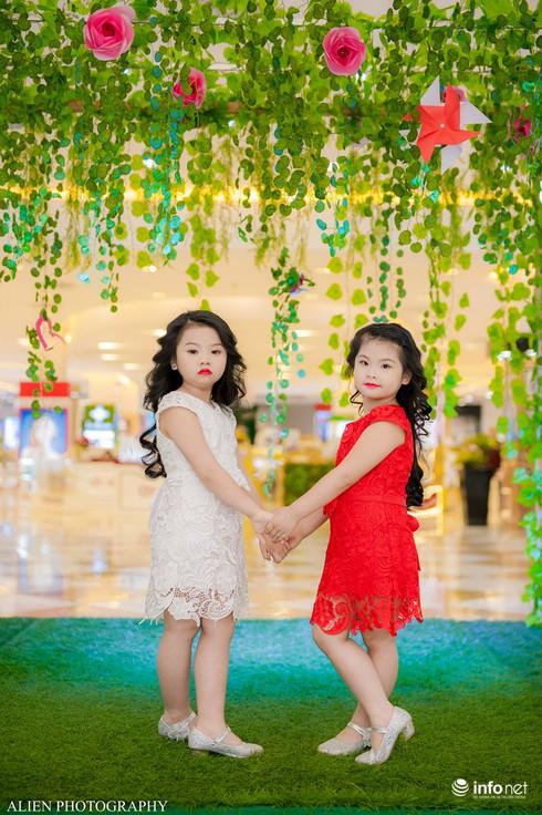 Mẫu nhí Linh Chi và Bảo Ngọc cực xinh trong thời trang ren hè siêu hot - ảnh 6