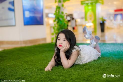 Mẫu nhí Linh Chi và Bảo Ngọc cực xinh trong thời trang ren hè siêu hot - ảnh 8