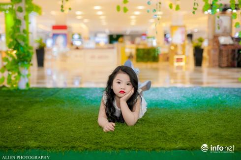 Mẫu nhí Linh Chi và Bảo Ngọc cực xinh trong thời trang ren hè siêu hot - ảnh 9