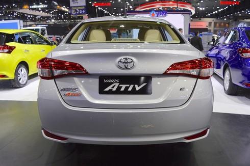Phiên bản Toyota Yaris Ativ sedan giá 329 triệu đồng tại Thái Lan - ảnh 3