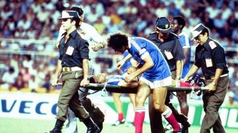 Sẽ ra sao nếu VAR được sử dụng trong các tình huống World Cup trước đây? - ảnh 2