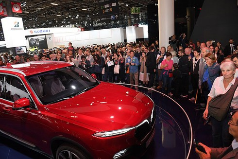 VinFast - xe thương hiệu Việt hút khách tại Paris - ảnh 3