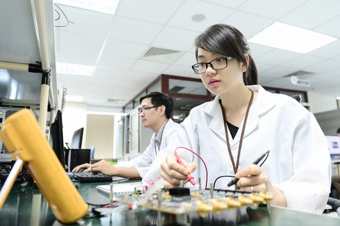 Thủ tướng đồng ý cho thành lập Cục Công nghiệp ICT để thúc đẩy sản xuất thiết bị made in Vietnam - ảnh 1