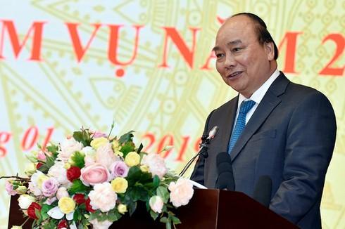 Thủ tướng Nguyễn Xuân Phúc: Phải dùng công nghệ cao để quản lý báo chí, mạng xã hội - ảnh 1