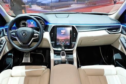 SUV VinFast Lux V8 lộ diện tại Triển lãm Geneva Motor Show 2019 là phiên bản đặc biệt - ảnh 6