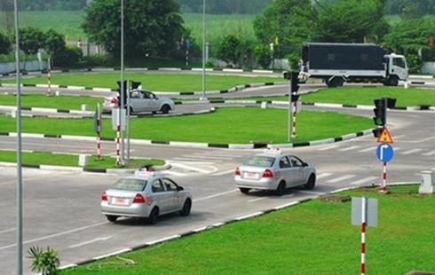 Đề xuất các giải pháp để siết chặt việc cấp lại giấy phép lái xe đã mất | Yêu cầu đẩy mạnh ứng dụng CNTT trong quản lý chất lượng đào tạo, sát hạch cấp bằng lái xe |