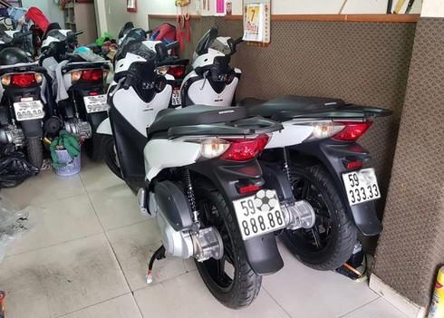 Chủ nhân tiết lộ lý do Honda SH bán giá 1,9 tỷ