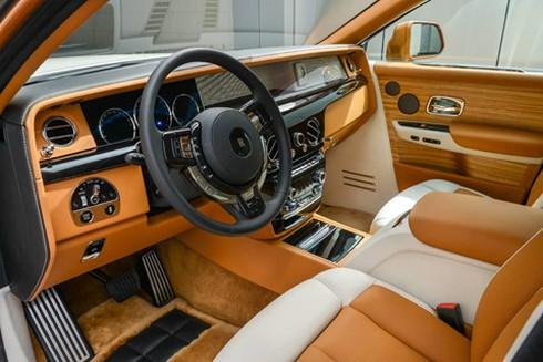 Rolls-Royce Phantom ban dac biet voi vach ngan rieng tu tuyet doi hinh anh 5
