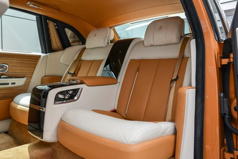 Rolls-Royce Phantom ban dac biet voi vach ngan rieng tu tuyet doi hinh anh 6