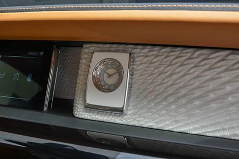 Rolls-Royce Phantom ban dac biet voi vach ngan rieng tu tuyet doi hinh anh 8