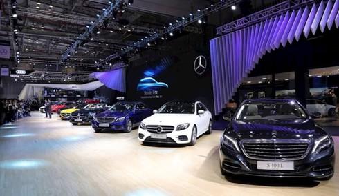 Mercedes-Benz là môi trường làm việc tốt nhất ngành ô tô Việt Nam - ảnh 1