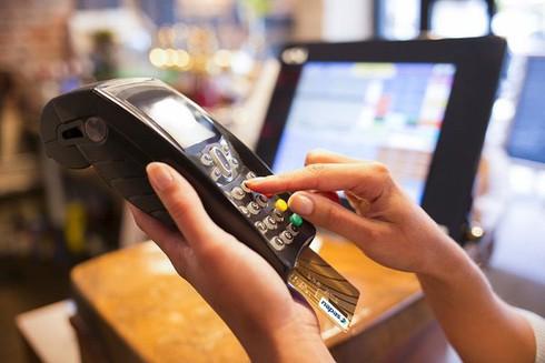 Điện thoại di động sắp sửa được dùng thanh toán như thẻ ngân hàng - ảnh 1