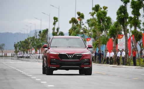 VinFast nhận hơn 10.000 đơn hàng ô tô - ảnh 1