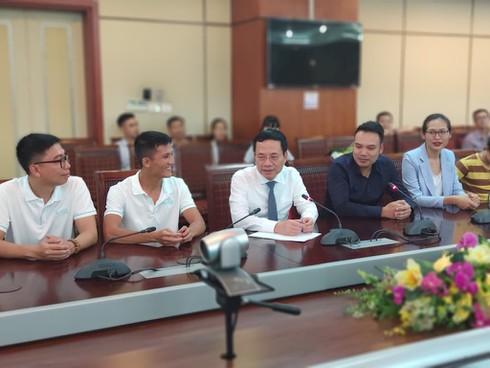 """Bộ trưởng Nguyễn Mạnh Hùng: """"Startup dùng công nghệ mới gặp khó khăn có thể tìm đến Bộ TT&TT"""" - ảnh 1"""