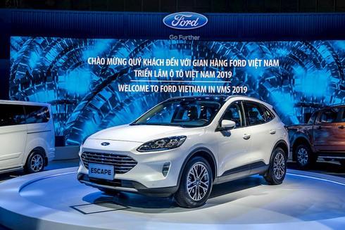 Ford tại Triển lãm ô tô Việt Nam 2019: Ford Escape 2020 lắp ráp tại Việt Nam, chính thức bán vào năm sau - ảnh 1