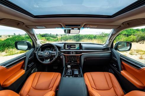 Lexus Việt Nam chính thức ra mắt LX 570 2020 với giá 8,34 tỷ đồng - ảnh 3