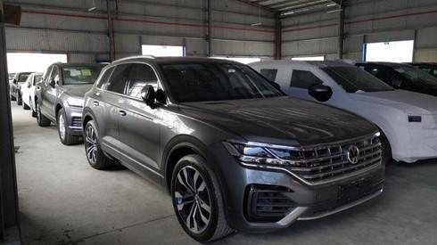 Xe Volkswagen có đường lưỡi bò: Tịch thu xe, phạt tiền và đình chỉ doanh nghiệp nhập khẩu - ảnh 1