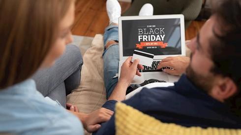Người Mỹ chi bao nhiêu tiền cho ngày Black Friday? - ảnh 1
