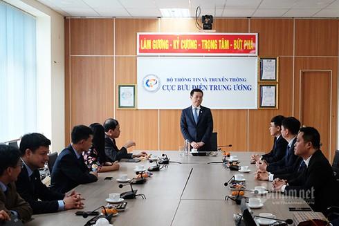 Bộ trưởng Nguyễn Mạnh Hùng kiểm tra công tác đảm bảo thông tin liên lạc Tết Canh Tý