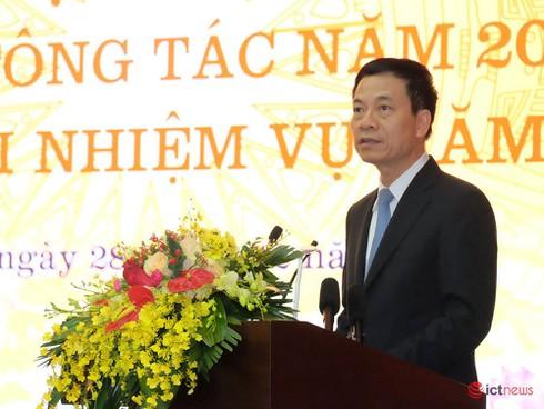 Bộ trưởng Bộ TT&TT Nguyễn Mạnh Hùng làm Trưởng tiểu ban Truyền thông về chống dịch Corona - ảnh 1